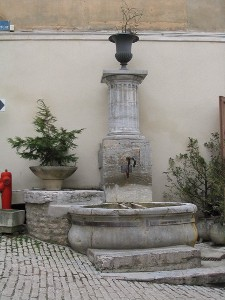fontaine-vestige-gallo-romain